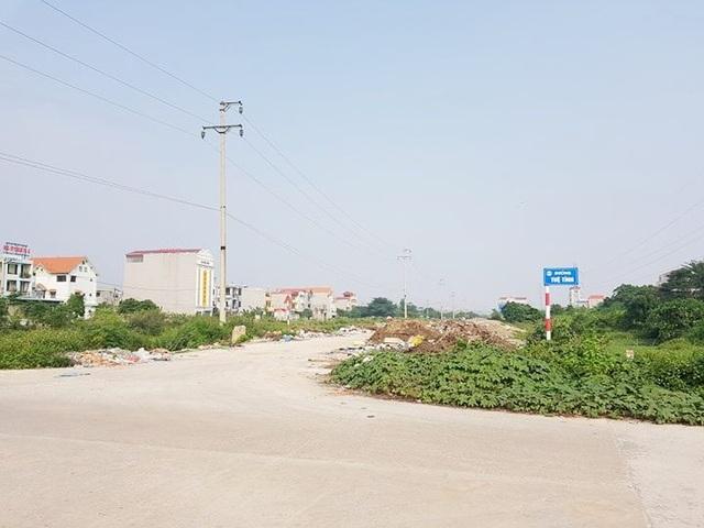 """Thành phố Ninh Bình tràn ngập rác, bị """"biến"""" thành bãi chứa chất thải khổng lồ! - 18"""