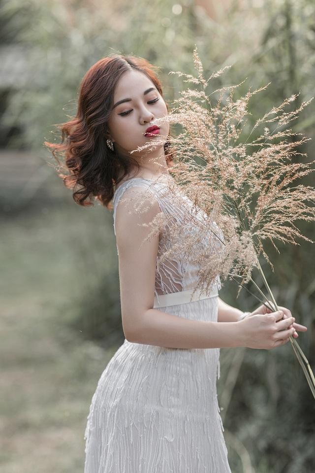 Nữ sinh Quảng Ninh khoe vóc dáng chuẩn với chiều cao tựa người mẫu - 10  Nữ sinh Quảng Ninh khoe vóc dáng chuẩn với chiều cao tựa người mẫu 12 i 9654 1573224188559