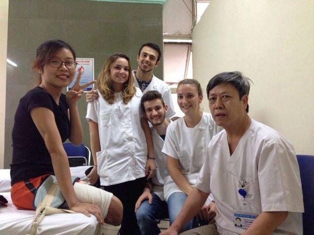 Cô gái trẻ bị ô tô nghiến đứt chân đã trở thành nữ bác sĩ - 4