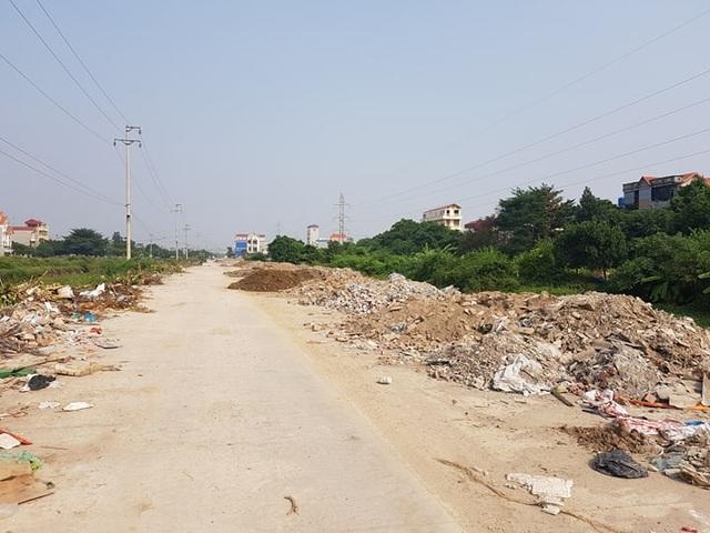 """Thành phố Ninh Bình tràn ngập rác, bị """"biến"""" thành bãi chứa chất thải khổng lồ! - 1"""