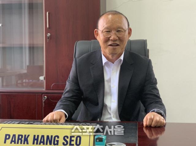 """Báo Hàn Quốc: """"Vì tình yêu Việt Nam, ông Park chấp nhận thử thách"""" - 1"""