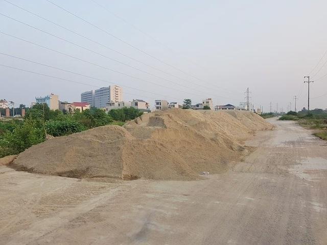 """Thành phố Ninh Bình tràn ngập rác, bị """"biến"""" thành bãi chứa chất thải khổng lồ! - 15"""