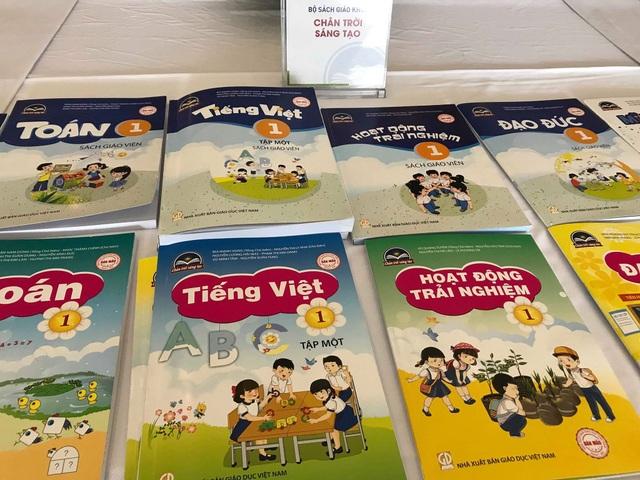 Ban đại diện cha mẹ học sinh được tham gia lựa chọn sách giáo khoa mới - 2