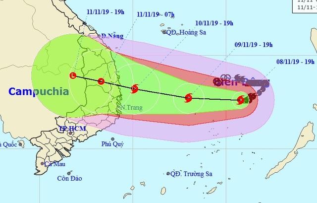 Bão Nakri giật cấp 15 đang hướng vào Nam Trung Bộ - 1