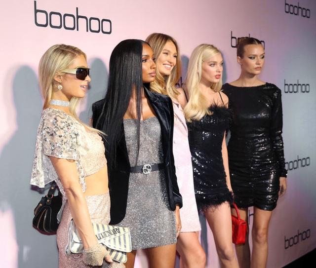 Paris Hilton đọ dáng bên dàn thiên thần nội y - 4