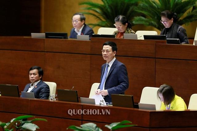 Bộ trưởng Nguyễn Mạnh Hùng: Não người Việt tập trung ở mạng xã hội nước ngoài rất nguy hiểm! - 7