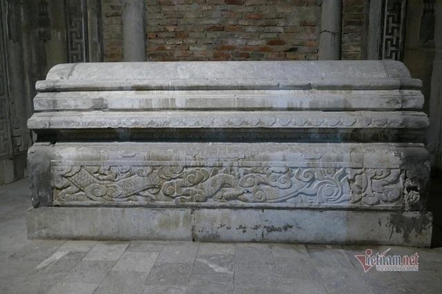 Chục gia đình sống trong ngôi mộ cổ, chuyện rợn tóc gáy giữa lòng thủ đô - 9