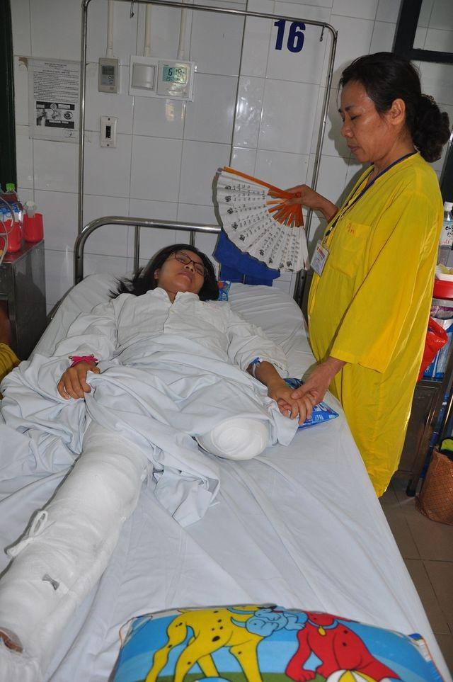 Cô gái trẻ bị ô tô nghiến đứt chân đã trở thành nữ bác sĩ - 1