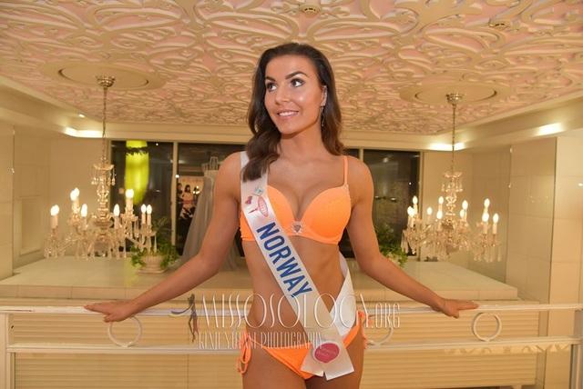 Tường San trình diễn áo tắm, lọt top 10 ứng viên sáng giá cho ngôi vị Hoa hậu Quốc tế 2019 - 18