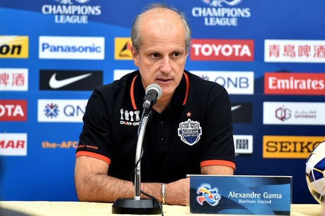 Thầy của Văn Lâm dự đoán U22 Thái Lan vô địch SEA Games