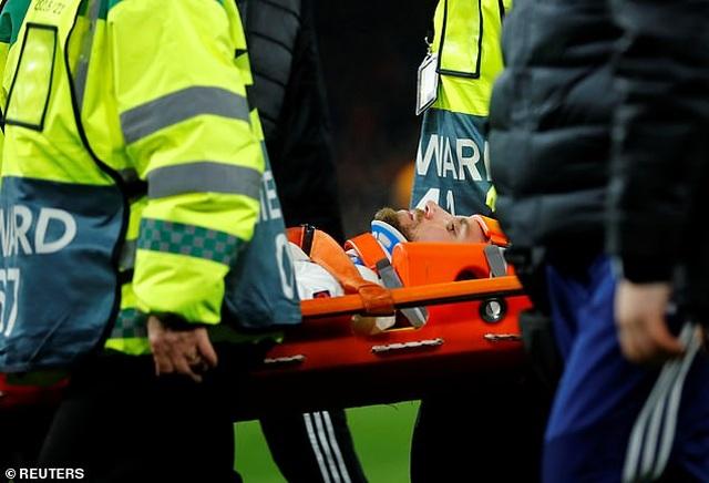 Chấn thương kinh hoàng của Andre Gomes tái diễn ở Europa League - 3