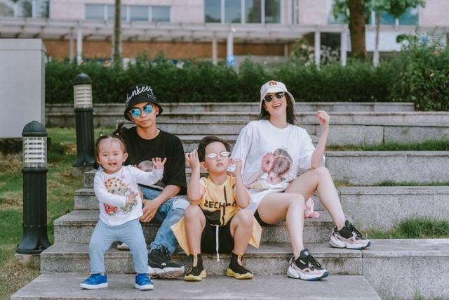Khánh Thi tiết lộ tuổi thơ quậy phá như con trai - 1