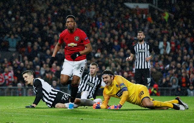 Nhìn lại chiến thắng rực rỡ của Man Utd trước Partizan ở Old Trafford - 11