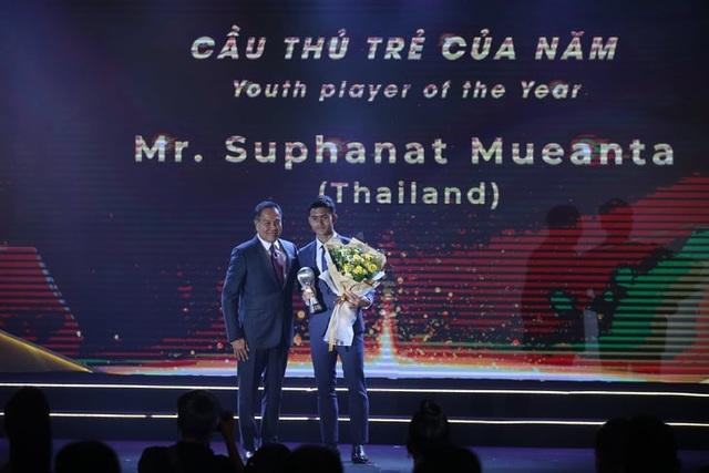 Liên đoàn bóng đá Đông Nam Á vinh danh HLV Park Hang Seo và Quang Hải - 5