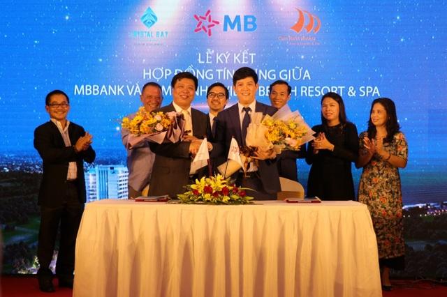 MBBank tài trợ vốn 838 tỷ đồng mở rộng khu nghỉ dưỡng 5 sao Cam Ranh Riviera Beach Resort  Spa - 1