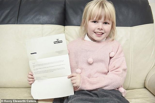 Lá thư của bé gái gửi cho người cha đã qua đời bất ngờ nhận được hồi đáp - 1