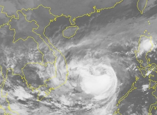 Ảnh hưởng bão số 6, đêm nay nhiều tỉnh Nam Trung Bộ mưa to - 2