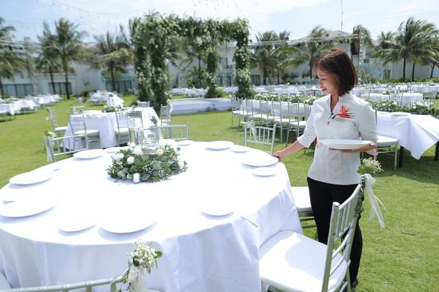 Không gian tiệc cưới bên bờ biển của Đông Nhi - Ông Cao Thắng - 11