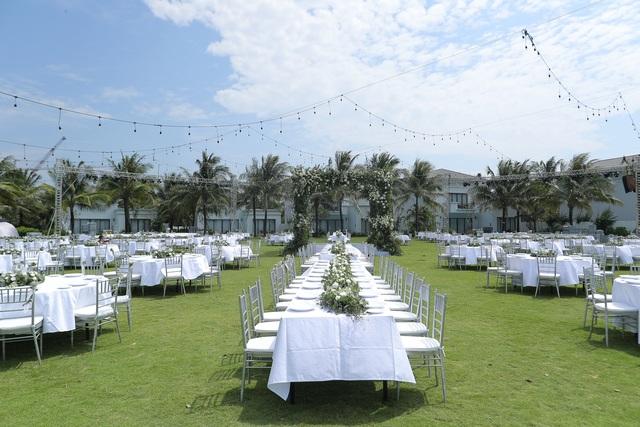 Không gian tiệc cưới bên bờ biển của Đông Nhi - Ông Cao Thắng - 13