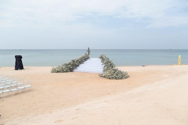 Không gian tiệc cưới bên bờ biển của Đông Nhi - Ông Cao Thắng - 12