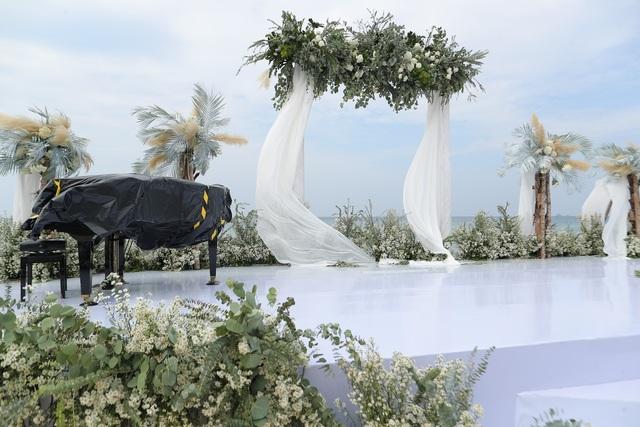 Không gian tiệc cưới bên bờ biển của Đông Nhi - Ông Cao Thắng - 9