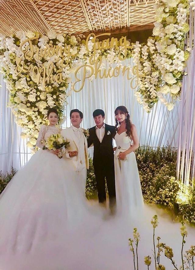 Những quy định đặc biệt trong đám cưới của sao Việt - 11