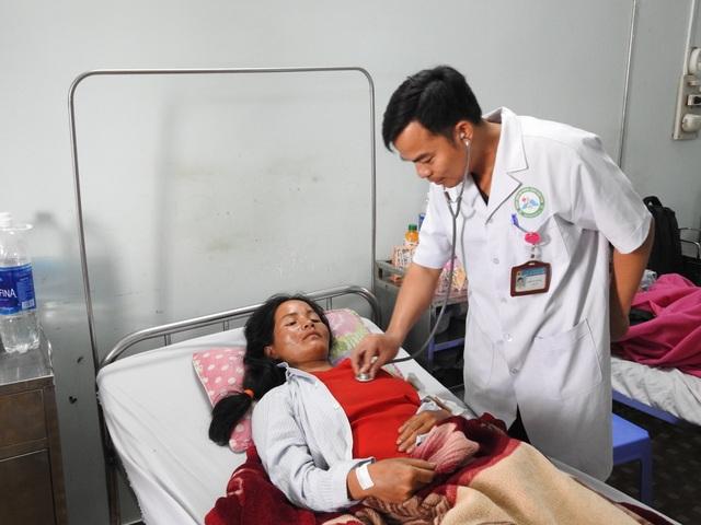 Vụ nổ đầu đạn pháo 9 người bị thương: Bé gái 22 tháng tuổi đang nguy kịch - 3