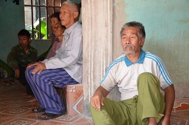 Phóng viên bị đuổi đánh, thấu hiểu cuộc sống địa ngục của 2 cụ tuổi kề 90 - 4