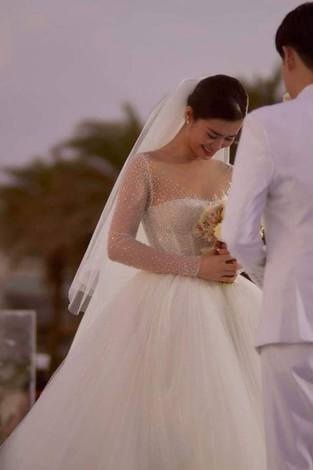 Ông Cao Thắng khóc cảm ơn Đông Nhi trong đám cưới đẹp như mơ - 5