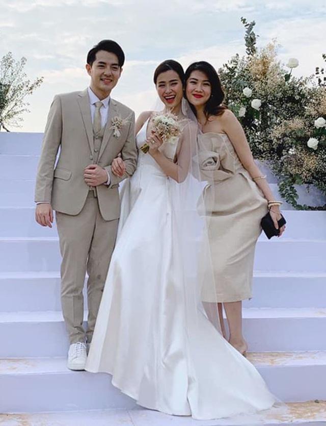 Ông Cao Thắng khóc cảm ơn Đông Nhi trong đám cưới đẹp như mơ - 17