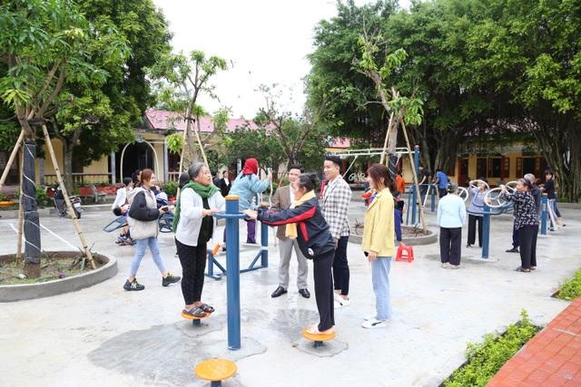 Thẩm mỹ viện Ngọc Dung xây dựng khuôn viên giải trí cho những mảnh đời khó khăn - 2