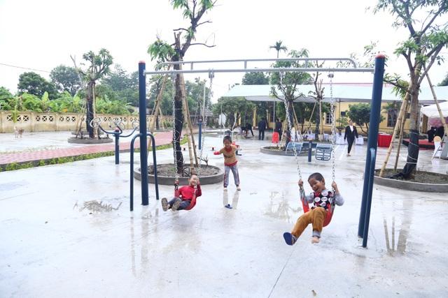 Thẩm mỹ viện Ngọc Dung xây dựng khuôn viên giải trí cho những mảnh đời khó khăn - 4