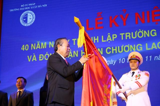 Kỷ niệm 40 năm thành lập, ĐH Luật Hà Nội nhận Huân chương Lao động hạng Nhất - 3