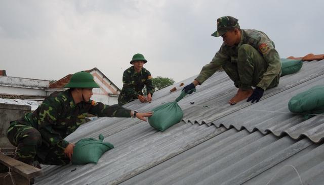 Quân khu 5 thành lập Sở chỉ huy ứng phó bão số 6 - 3