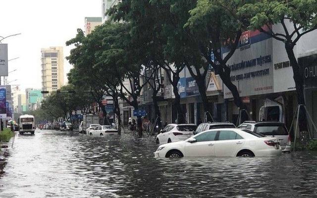 Đà Nẵng cảnh báo các chung cư di tản ô tô, đề phòng ngập nặng - 2