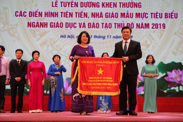 Hà Nội: Tôn vinh 125 nhà giáo tiêu biểu - 2