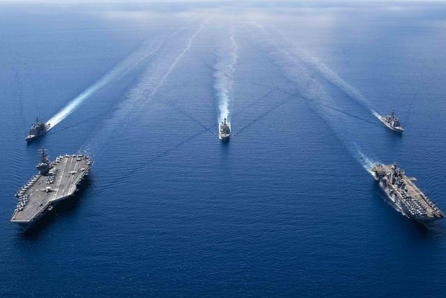 Mỹ tăng tốc đối phó chiến thuật tàu thân trắng của Trung Quốc tại Biển Đông - 1