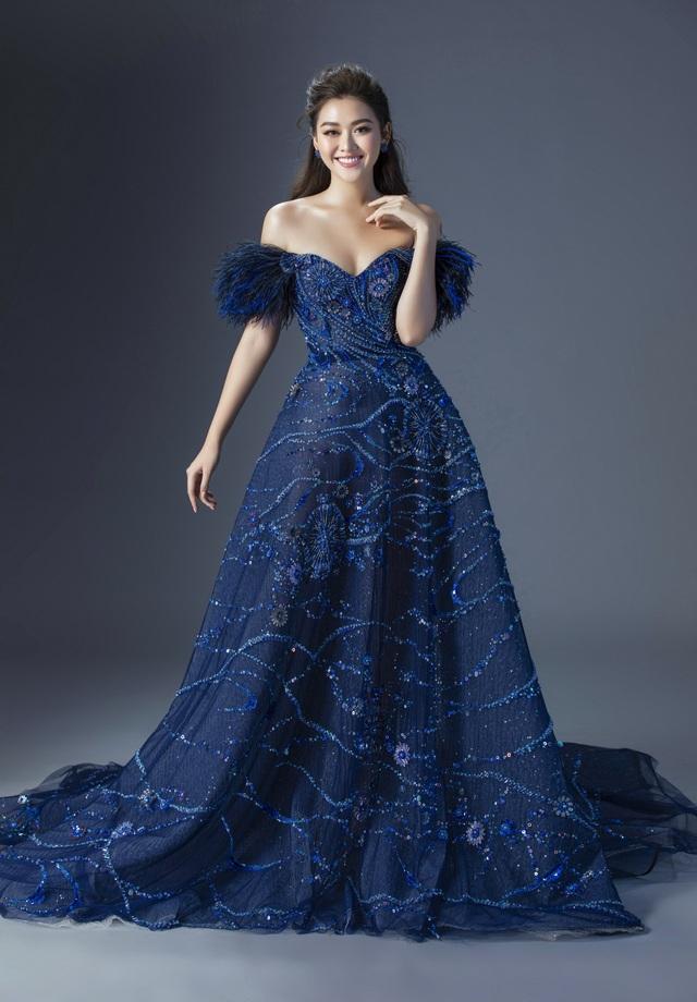 Tường San hé lộ váy dạ hội gợi cảm trước thềm chung kết Hoa hậu Quốc tế - 6