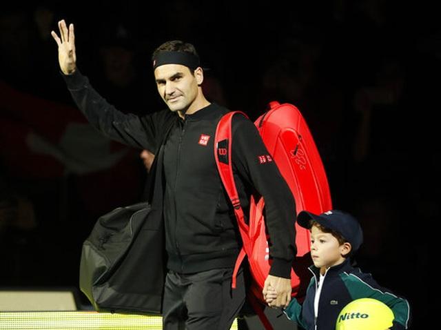 ATP Finals: Djokovic thắng nhanh, Federer gục ngã trước Thiem - 2