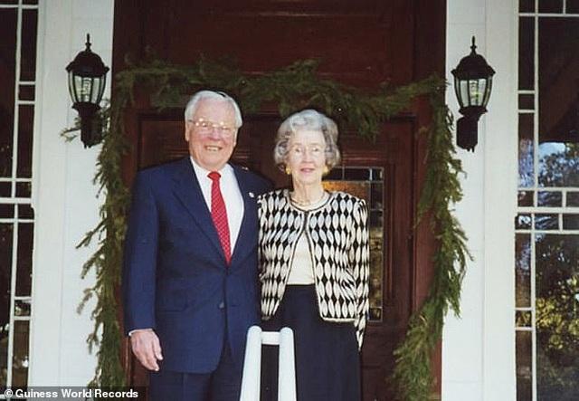 Cặp vợ chồng sống thọ nhất thế giới kỷ niệm 80 năm kết hôn - Ảnh minh hoạ 4