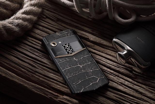 Điện thoại thông minh Aster P – Sự trở lại của thương hiệu Vertu - 1