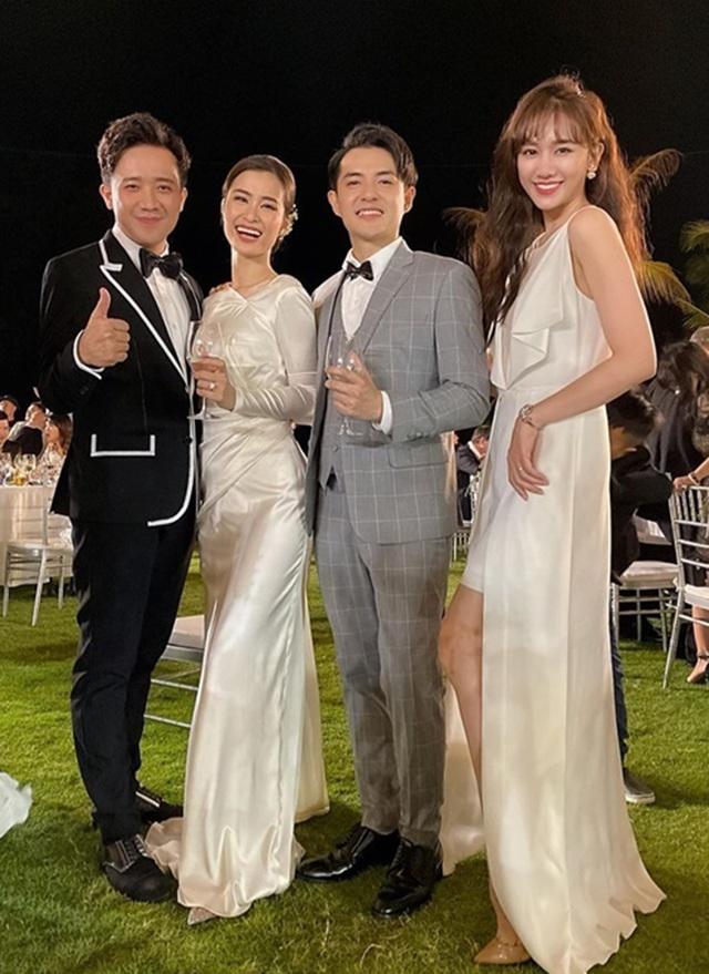 Đông Nhi thay ba bộ váy trong đám cưới - 4