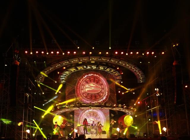 """Highlands Coffee và """"niềm tự hào đất Việt"""" bùng nổ cùng hơn 6.000 fan Đà Nẵng - 1"""