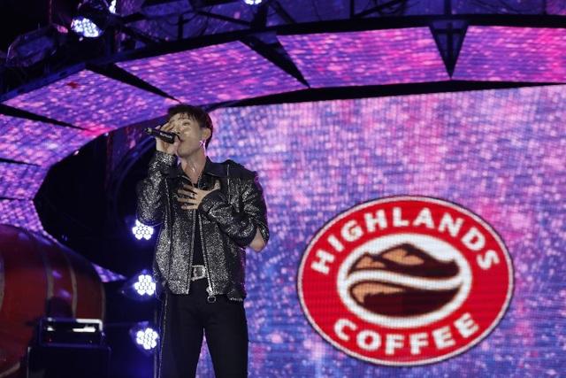 """Highlands Coffee và """"niềm tự hào đất Việt"""" bùng nổ cùng hơn 6.000 fan Đà Nẵng - 7"""