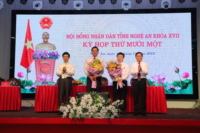 Nghệ An có 2 tân Phó Chủ tịch tỉnh - 1