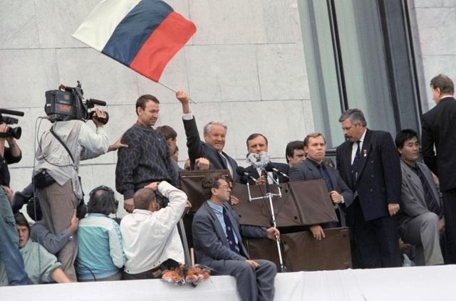 Ông Gorbachev tiết lộ người khiến Liên bang Xô viết sụp đổ - 2