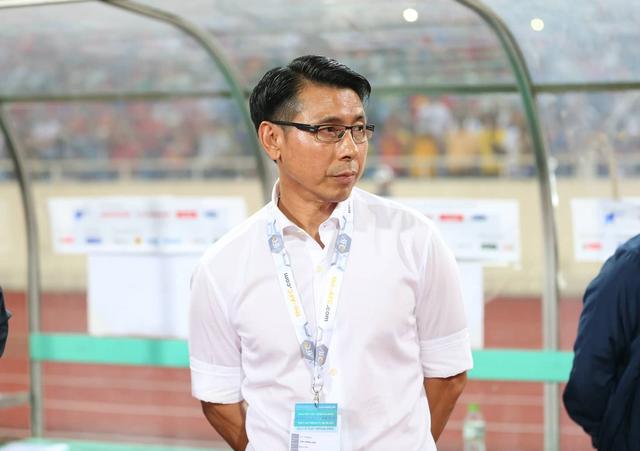Bỏ họp báo ở trận thua tuyển Việt Nam, HLV Tan Cheng Hoe bị cảnh cáo - 1