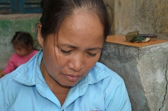 Vợ chồng nghèo đến cùng cực bán cả ruộng để cứu con - 6
