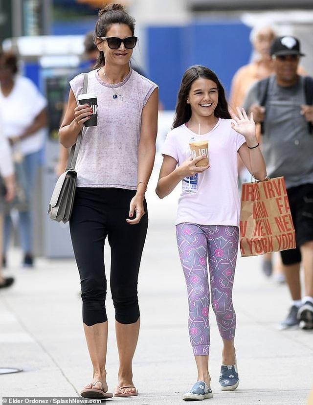 Hậu chia tay Jamie Foxx, Katie Holmes thích nói về… con gái - 3