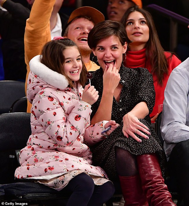 Hậu chia tay Jamie Foxx, Katie Holmes thích nói về… con gái - 4